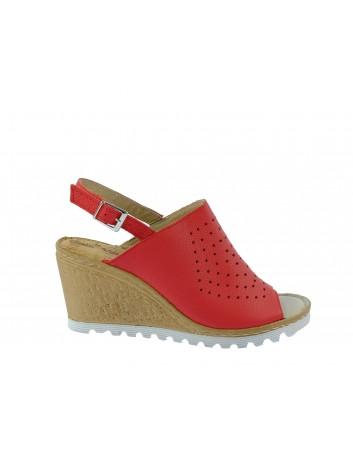 Skórzany sandał damski na koturnie Gaia Verdi, Kolor czerwony