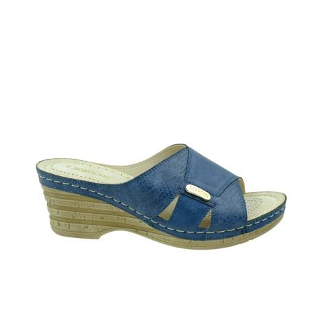 Klapek damski fashion na koturnie T.Sokolski, Kolor niebieski