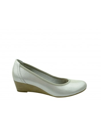Czółenko damskie na koturnie Tamaris1-1-22320-22S, Kolor srebrny
