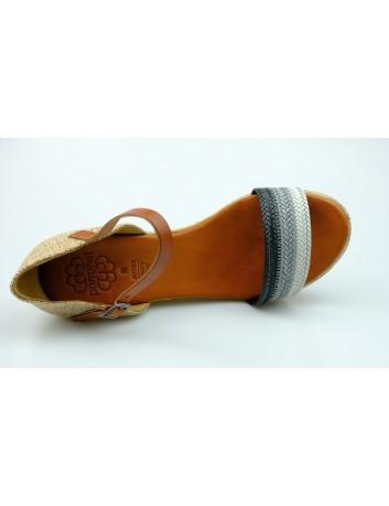 Sandał damski zakryta pięta na koturnie Porronet, Kolor czarny z szarym