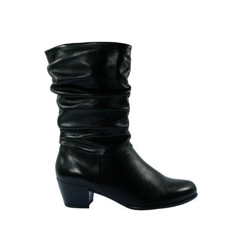 Skórzany botek damski Tamaris na obcasie, Kolor czarny