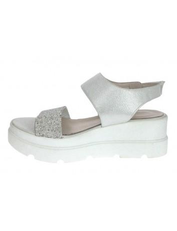 Sandały skórzane damskie-biały koturn LU,T.Sokolski,Kolor srebrny