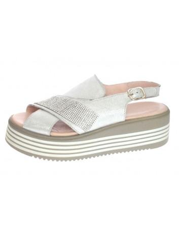 Sandały skórzane damskie-koturn LU G225-200 ,T.Sokolski,Kolor srebro