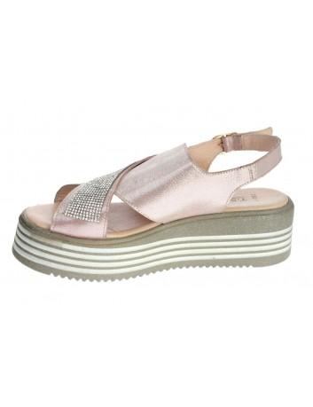 Sandały skórzane damskie-koturn LU  G225-200,T.Sokolski,Kolor różowy