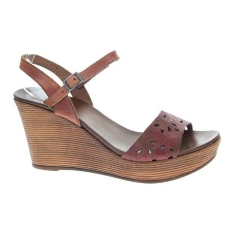 Skórzany sandał damski Porronet 2258,Kolor brązowy