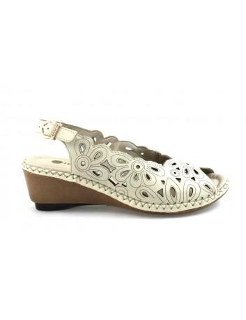 Skórzany sandał damski Remonte, Kolor beżowy